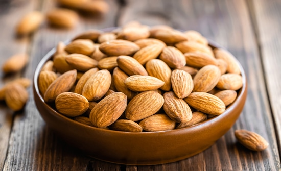 00-almonds-in-a-bowl-on-wooden-table-max