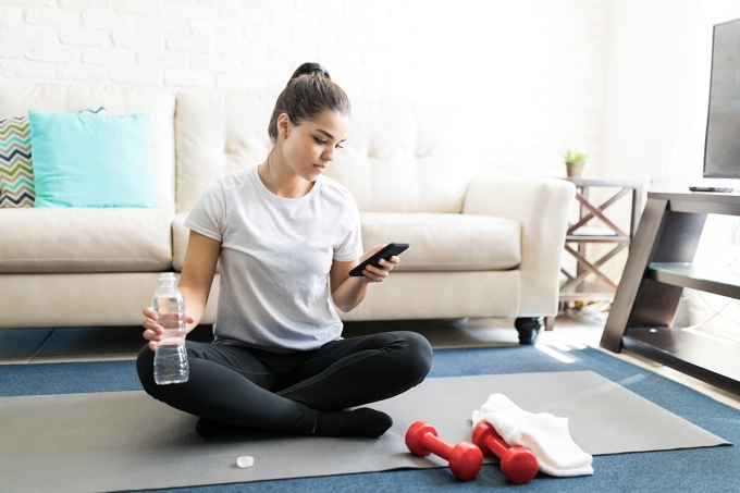 Why-Are-At-Home-Workouts-So-Easy-to-Quit-How-to-Stick-With-It-1-1